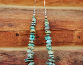 Beautiful Vintage Chunky Turquoise Stone Nugget Necklace