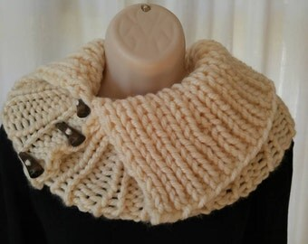 Chunky Trendy Ribbed Cowl/Collar