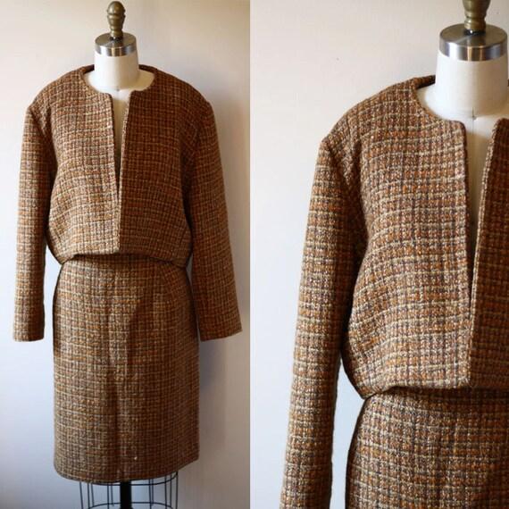 1960s brown tweed two piece suit // navy blue // vintage suit