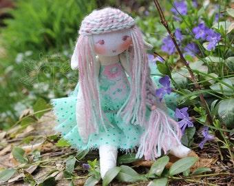 Fairy creature, elf doll, pixie doll, forest fairy, art doll, handmade doll, ''Chrysaline'' by Curiosités Bohèmes