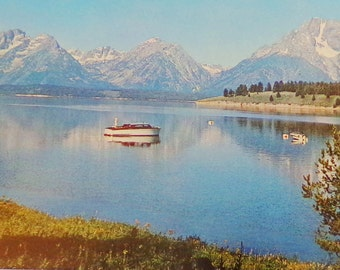 Vintage Jackson Lake Wyoming Postcard, Grand Tetons, Teton Peaks, Wyoming Travel Souvenir Memorabilia Postcards, US State Postcards,