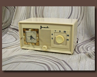 Jewel Tube Type AM Clock Radio Model 940 - c. 1949