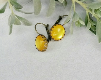 Crown Yellow earrings,Drop yellow earrings,lever back,yellow jewelry,Resin cabochon earrings,Mustard yellow earrings, Yellow