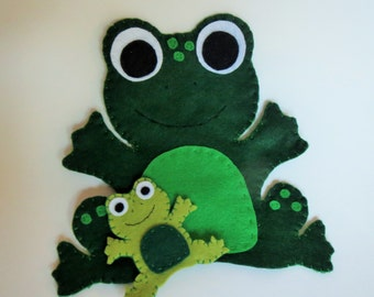 Frog puppet, frog toy, hand puppet, finger puppet, mom baby, baby frog, felt frog, felt puppet, handmade toy, unique gift, childrens toy,