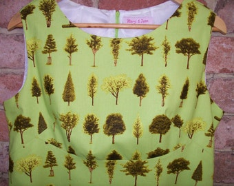 Size 16 Retro 60's Style Dress with Trees