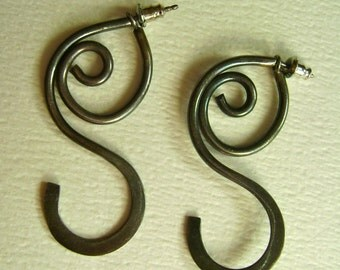 vintage sterling artisan curly earrings