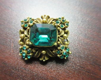 Green Rhinestone Signed Coro Pin Brooch
