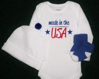 Made In The USA Newborn Bodysuit Gift Set - Baby Bodysuit Says Made In The USA On The Front - Baby Bodysuit Gift Set For Newborn Girl Or Boy