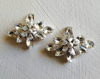 Gorgeous pair of diamante and pearl diamond shape bridal wedding shoe clips