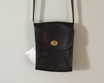 SALE...black leather messenger purse | turn lock cross body bag