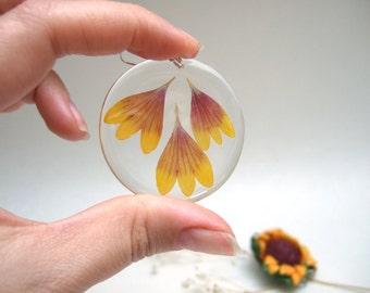 Resin Earrings Transparent Earrings Nature Earrings with Real Flower Petals Orange Earrings Petals Earrings Eco Earrings Boho Jewelry Gift