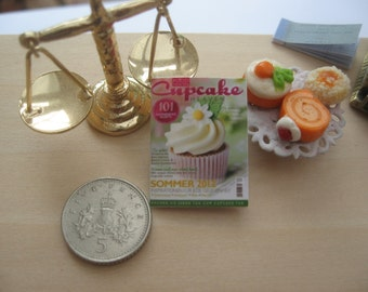 dollhouse magazine cupcake  miniature 12th scale