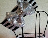 Stretchy Sequin Bow Headb...