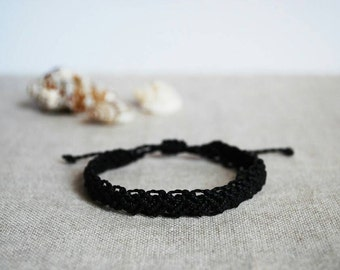 Black Friendship Bracelet / Mens Bracelet / Stackable Macramé Bracelet / Friendship Bracelet / Cord Bracelet / Surfer Jewelry