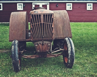 This Ol' Case, Case Tractor, Vintage Tractor, Old Machinery, Vintage Farm Equipment, Rusted Tractor, Farming Photo, Country Life, Barn Decor
