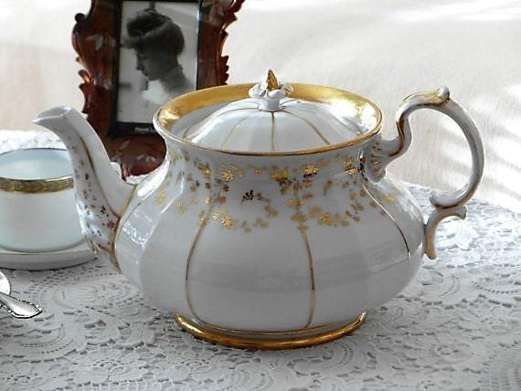 antik porzellan kanne spm kaffee tee wei gold handmalerei. Black Bedroom Furniture Sets. Home Design Ideas