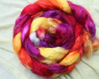 Combed tops, nylon, hand-colored, red, pink, orange, yellow