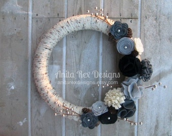 All Season Wreath, All Year Wreath, Yarn Wreath, Natural Wreath, Birch Wreath, Grey, Black Felt Flower Wreath, Modern Decor