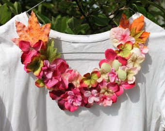 Floral neck