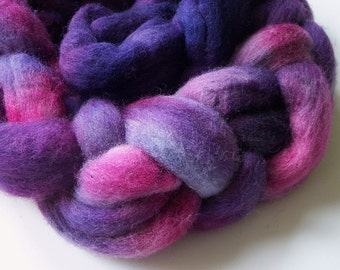 Handpainted roving for spinning, hand dyed Shetland wool roving,  handpainted roving/top, wool for spinning , purple wool, 5.5+ oz/154  g