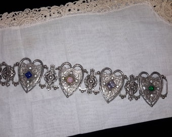 Very Pretty 1950's Shield Bracelet