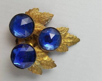 Blue Faceted Glass and Gold Tone Dress Clip