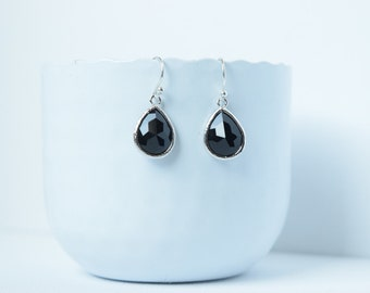 Drops Black Jet earrings in silver,polished rhodium,Earrings black,Glass earrings,Jet earrings,Drop earrings,Drop black,Bridal,Jet earrings