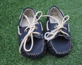 baby loafer boat shoes sz 4 (9 months)
