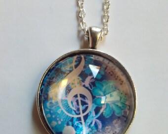 treble clef picture pendant necklace