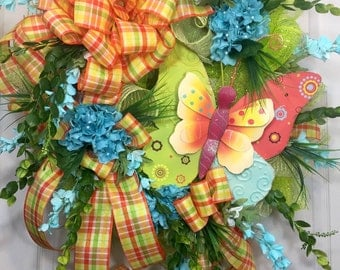 Whimical Mesh Spring and Summer Wreath