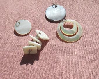 Lot Of Retro Mother Of Pearl Seashell Chip Pendants Dangles