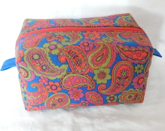 Zippered Box Pouch Handmade with Vintage Paisley Fabric