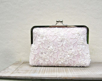 Blush clutch, lace bridal clutch, pink purse, pearl clutch, blush wedding purse, pink bridesmaid clutch, bridesmaid gift, beaded lace, uk