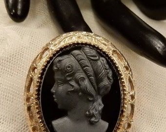 Vintage Black Glass Cameo Brooch