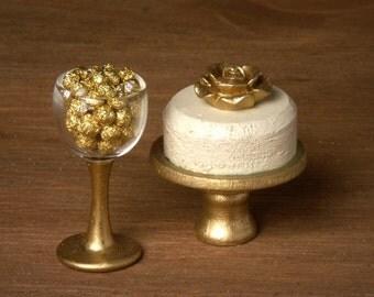 Elegant Miniature Rose Tart for your Dollhouse
