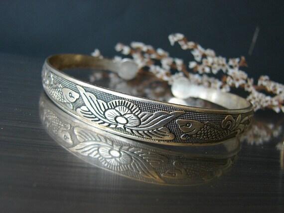Man bangle koi fish gift for him jewelry chinese thin koi for Koi fish gifts