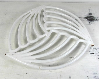 White enamelware cast iron trivet, pot stand by Invicta, white enamelware, French vintage, French kitchenware, French enamelware.