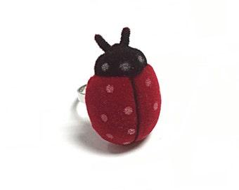 Fuzzy flocked ladybug ring