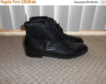 ON SALE Vintage 80's-90's Black Woven Leather Lace Up Boots - Size 6.5 N