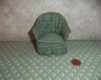 1:12 scale Dollhouse Miniature living room chair (Green Gingham)