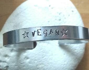 Vegan stars Mantra bracelet -unisex - adjustable - handstamped