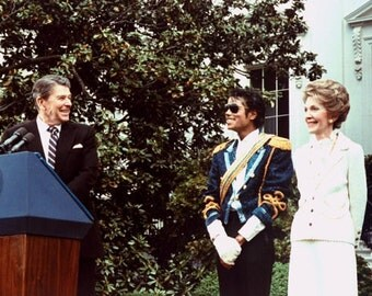 Michael Jackson with Ronald and Nancy Reagan, 1984, White House
