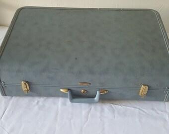 Vintage Luggage Suit Case Vintage Hard Shell Blue Taperlite Vinyl Suitcase No. 182