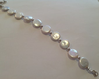 Coin Pearl and Silver Bead Bracelet