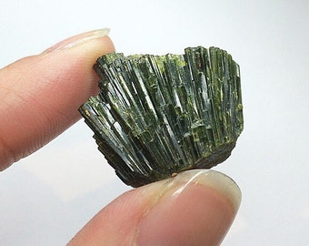 Epidote Fan Crystal Cluster High Quality Rare Natural Mineral Specimen Colorado
