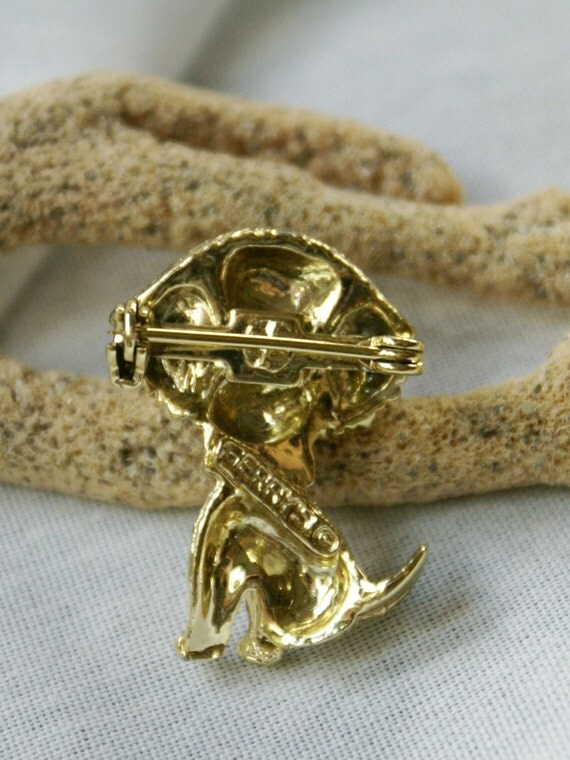 Gold Tone Dog With Rhinestone Eyes And Collar