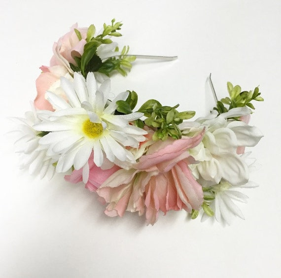 Combination Light Pink Flower Crown With Daisies And Leaves