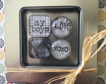 Set of 4 magnets in a gift tin