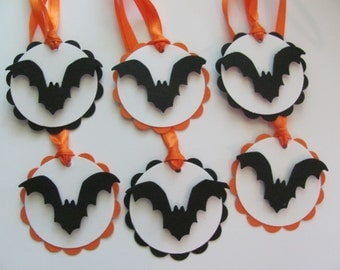 Bat Halloween Tags, Halloween Favor Tags, Bat Favor Tags,Scalloped Favor Tags, Black and Orange, Halloween Gift Tags, Bat tags, Bats