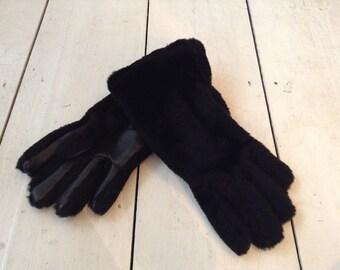 Vintage Ladies Faux Fur And Leather Black Gloves Size 7